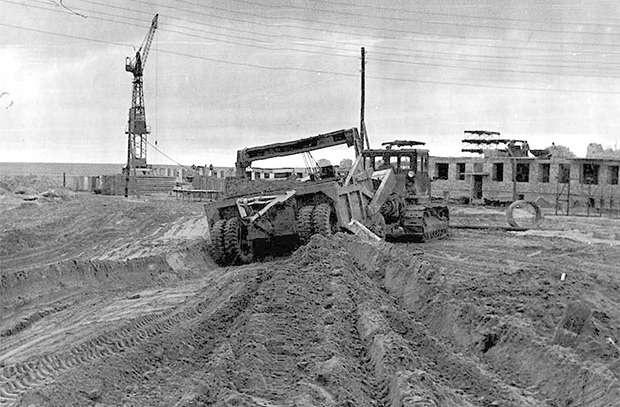 На строительстве были задействованы лучшие специалисты и техника в СССР
