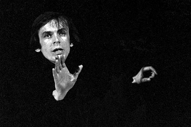 Георгий Тараторкин на сцене