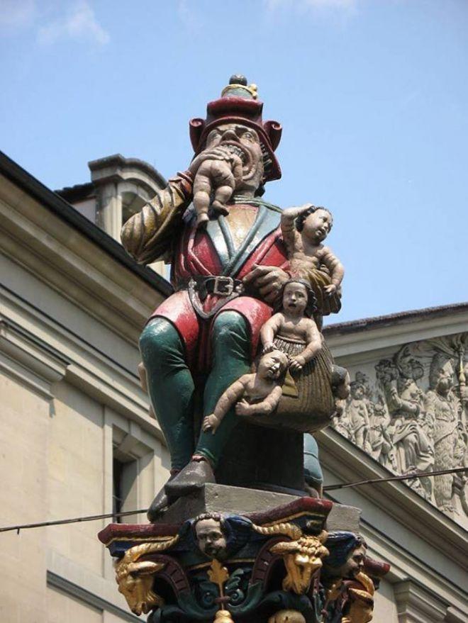 Статуя пожирающая людей