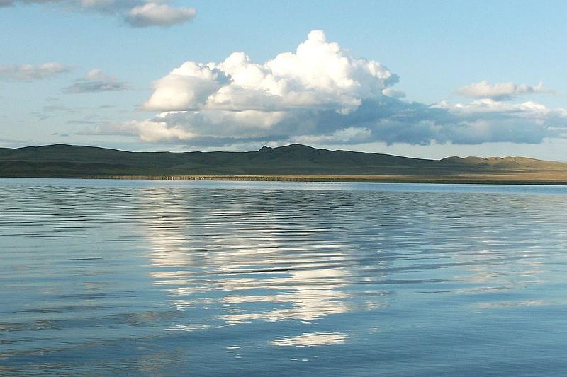 Озеро Шира. Фото: Salexey / Wikimedia Commons / Public Domain