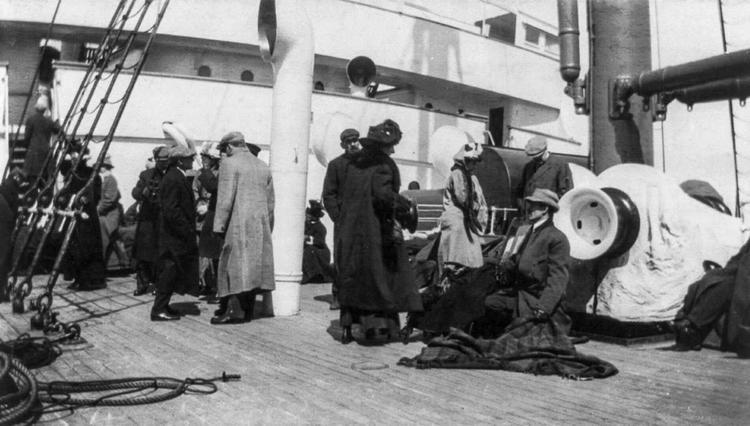 Спасшиеся пассажиры «Титаника» на «Карпатии»