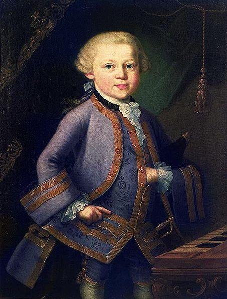 Моцарт начал сочинять музыку, когда ему было 3 года.