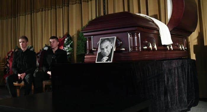 Похороны Владимира Толоконникова