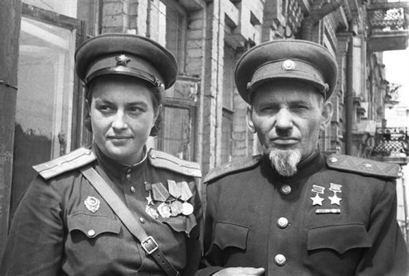 Павличенко.