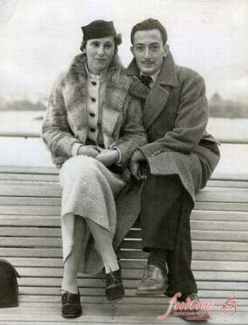 Сальвадор Дали с женой, Гала