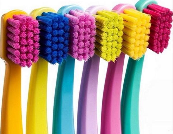 Зубные щетки имеют многовековую историю