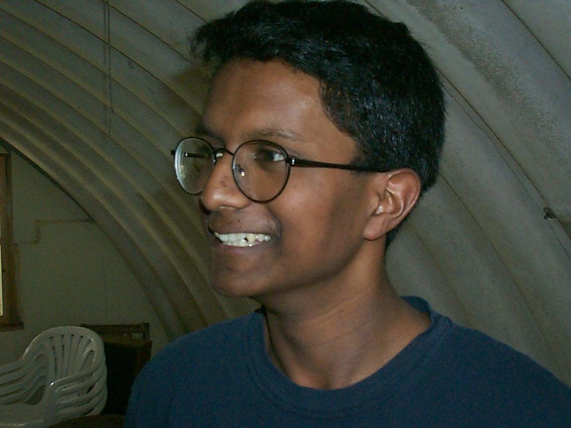 Одним из самых умных детей считается  Ганеш Ситам-палам в 13 лет он закончил университет.