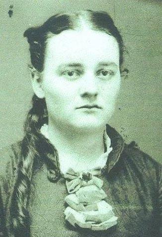 Генриетта в молодости