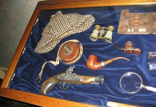 Экспонаты принадлежавшие Холмсу