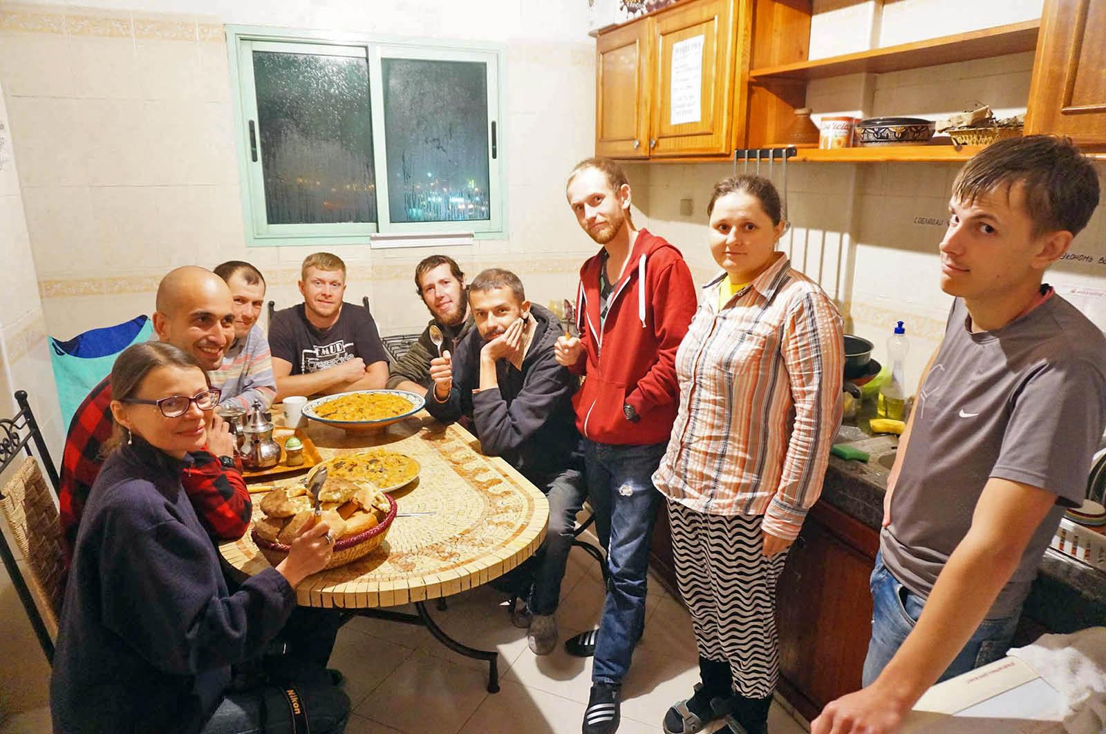 Кухня «Дома для всех» в Марракеше, декабрь 2016 года, фото с официальной страницы проекта во