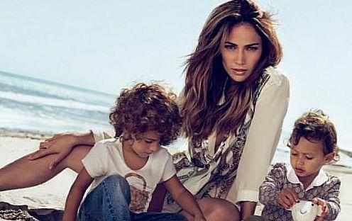 Дженнифер Лопез с детьми