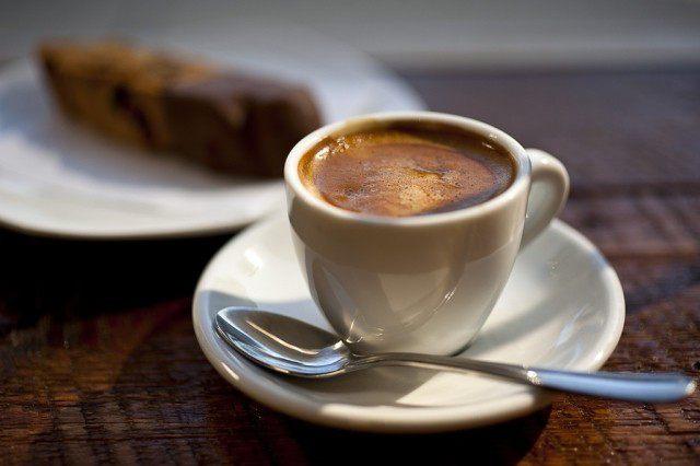 фото утреннего кофе натощак