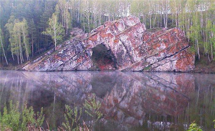 Самые известные мегалиты России (50 фото)