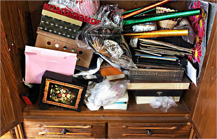 Старые вещи в шкафу