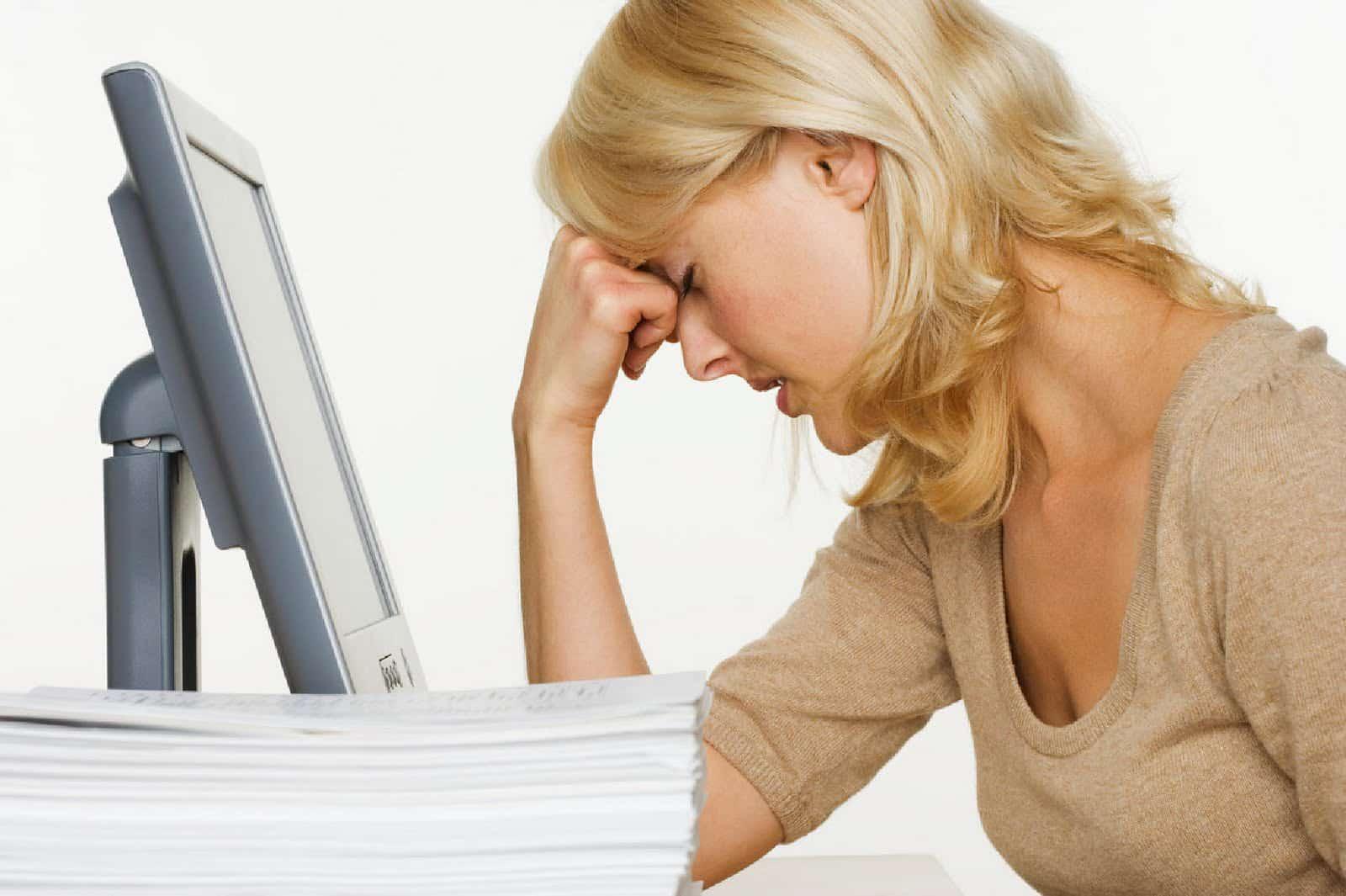 седые волосы появляются из-за стресса